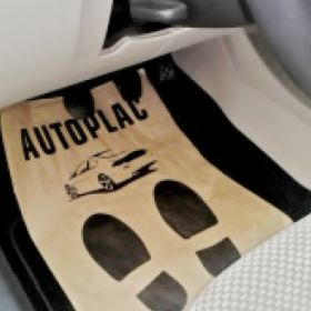 Ochranné papírové koberečky pro auto servisy - Autoplac